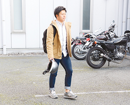 通学はバイクで。