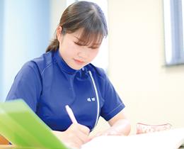 歯科技工の知識を学ぶ講義